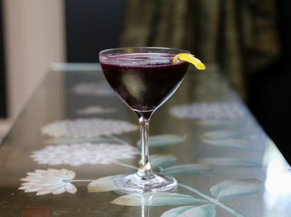Hot Tin Bar's Wolf in Lambs Clothing Cocktail
