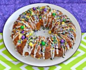 9 Amazing King Cakes Recipes compiled by Red Beans and Eric!