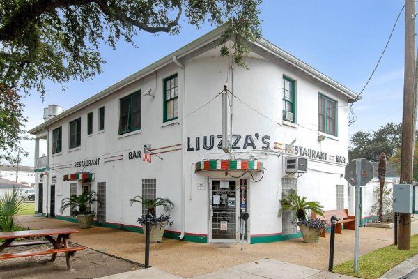 Exterior of Liuzza's Restaurant in Mid-City, New Orleans